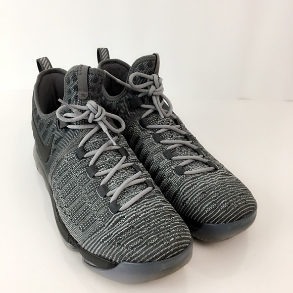 big sale d5bbb 0fbc2 Nike Zoom KD 9 Battle Grey Kevin Durant Sneakers. M 5bba7a852e14789e1c48b307